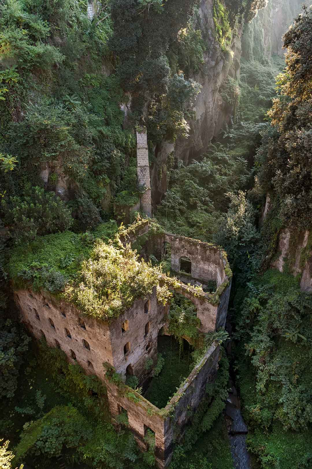 The valley of the mills of Sorrento, photo by Carlo Alfaro, 2005
